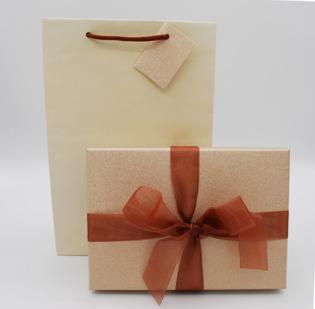 Astucci Bormio Oro con borsa coordinata - 5di 15
