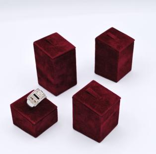 Set 4 pezzi espositori per anelli quadrati alti cm 2, 4, 5 e 6