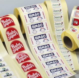 Etichette Adesive in PVC stampa quadricromia max. cm 5 x 5. Confezioni da 1000 etichette. Precisare formato e dimensione richiesta.