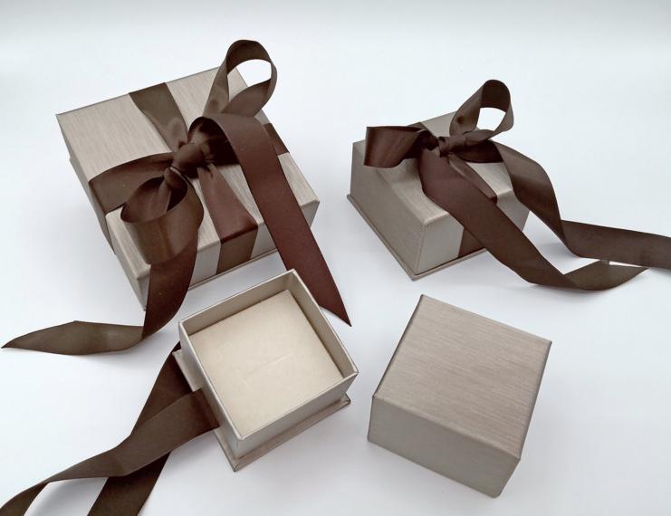 Serie Granada astucci per gioielli con sacchetto coordinato - 1 di 1