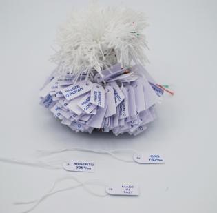 Cartellini in cartoncino anonimi con filo cotone bianco - 4di 4