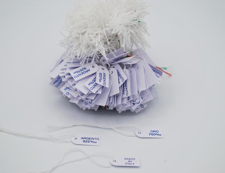 Cartellini in cartoncino anonimi con filo cotone bianco - 2 di 4