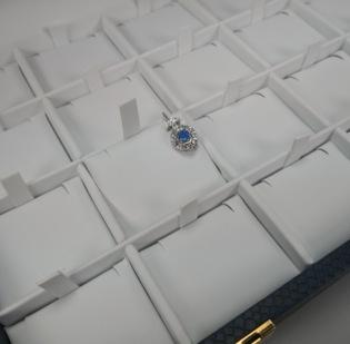Pannelli interni per vassoi realizzati con tessuti a richiesta - 1di 1